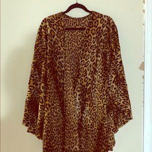 Vintage cheetah print cape/shrug GUC no size tag